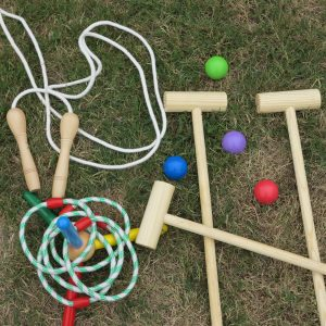 Old fashioned kids games