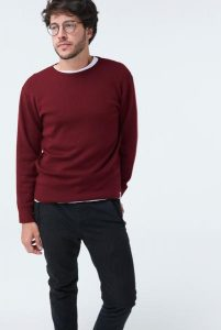 McIntyre Australia The Duncan mens jumper burgundy