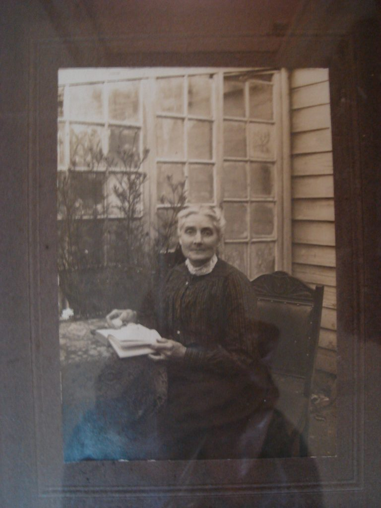 Vintage photograph, image of Mary Ann Goss.